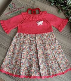 Que ce soit comme ça. Toddler Christmas Dress, Toddler Dress, Baby Dress Patterns, Baby Knitting Patterns, Stylish Kids, Doll Clothes, Kids Outfits, Kids Fashion, Facebook