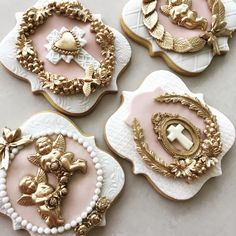 First communion , baptism cookies. Cameo Cookies, Fancy Cookies, Royal Icing Cookies, Cupcake Cookies, Sugar Cookies, Elegant Cookies, Cupcakes, Christening Cookies, Cookies Decorados