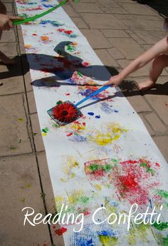 Another fun way to create Art outdoors!! Reading Confetti: Fly Swatter Painting & Kid's Co-op 10