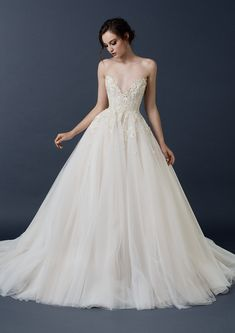 French tulle ball gown with floral embellishment from the Paolo Sebastian 2015 AW collection // The Sleeping Garden: Paolo Sebastian's Autumn/Winter 2015 Collection Disney Wedding Dresses, Dream Wedding Dresses, Bridal Dresses, Wedding Gowns, Classic Wedding Dress, Boho Wedding Dress, Boho Dress, Tulle Wedding, Wedding Bells
