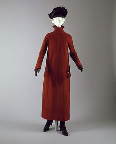 Suit Hickson Inc. Date: ca. 1918 Culture: American or European Medium: wool Dimensions: Length at CB (a): 36 3/4 in. (93.3 cm) Length (b): 30 1/2 in. (77.5 cm) Length at CB (c): 37 1/2 in. (95.3 cm) Length at CB (d): 21 3/4 in. (55.2 cm) Credit Line: Gift of Susan Myrick, Barbara M. Myers, Elizabeth M. Wissler, 1993 Accession Number: 1993.287.2a–d