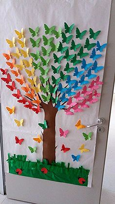 Rainbow Tree - an idea for class decoration . - Rainbow Tree – an idea for class decoration … – # a # for # … – crafts for chi - Kids Crafts, Summer Crafts, Preschool Crafts, Easter Crafts, Creative Crafts, Creative Art, Spring Crafts For Kids, Butterfly Tree, Butterfly Crafts