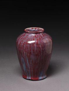 Reginald Wells. Edwardian vase, made in Chelsea C. 1910. Stoneware, plum-red glaze with blue streaks. V.