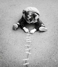 Let Them Be Little, Little Ones, Define Crazy, Street Art Utopia, We Are The World, Children Images, Jolie Photo, Girl Bands, Black And White Pictures