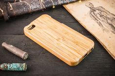 iPhone SE case / 5s / 5 / 5C Real wood case / bamboo case / wooden case / crafted case #iphoneSE #SE #iphone #wood #woodcase #iphonecase