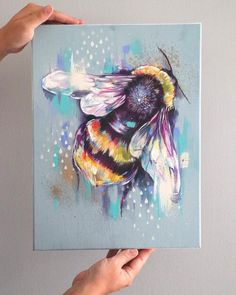 Bee Painting, Acrylic Painting Animals, Colorful Animal Paintings, Abstract Animal Art, Art Painting Gallery, Inspiration Artistique, Insect Art, Bee Art, Cool Art Drawings