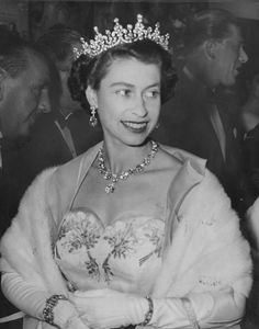 Queen Elizabeth II wearing an evening dress and tiara as she arrives at the Royal premiere of the film 'Neapolitan Fantasy', as part of the Italian Film Festival at the Tivoli Theatre in London,. Get premium, high resolution news photos at Getty Images Prince Philip Queen Elizabeth, Young Queen Elizabeth, Princess Margaret, Princess Diana, English Royal Family, British Royal Families, Italian Film Festival, Queen Hat, United Kingdom