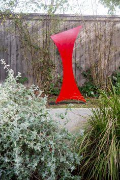 Tour the LA garden and studio of sculptor Jennifer Gilbert Asher, the artist behind TerraTrellis and TerraSculpture.