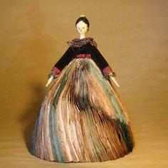 Antique Dolls, Dollhouses & Miniatures - Specialized in French Antiques : Dollhouses Dolls, All-Bisque Mignonettes, Dollhouse Furniture & Accessories Wooden Pegs, Wooden Dolls, Antique Dolls, Vintage Dolls, Paper Dolls, Art Dolls, Wooden Front Doors, Wooden Dollhouse, Fortune Teller