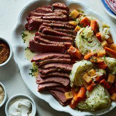 Armenian Recipes, Irish Recipes, Wine Recipes, Food Network Recipes, Armenian Food, Corned Beef Brisket, Corned Beef Recipes, Corn Beef And Cabbage, Cabbage Recipes