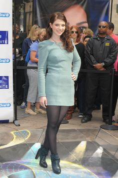 Michelle Trachtenberg makes another appearance, this time in a blue dress and black tights. Michelle Trachtenberg, Georgina Sparks, Black Pantyhose, Black Tights, Nylons, Opaque Tights, Buffy, Winter Outfits, Cool Outfits