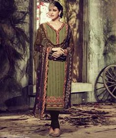 Buy Green Georgette Churidar Suit 73046 online at lowest price from huge collection of salwar kameez at Indianclothstore.com.