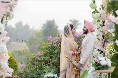 Sikh Bride, Punjabi Couple, Royal Brides, Couple Shoot, Elegant, Sweet Couples, Wedding Dresses, Beautiful, Classy