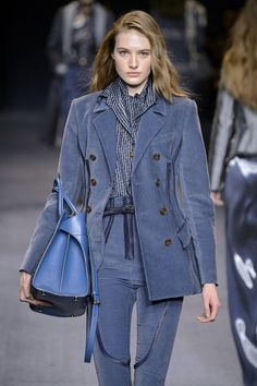 Riverside blue color trend fall / winter 2016 - Trussardi