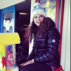 featuring @ellennmcp - #moncler #monclerfriends #puffer #puffa #pufferjacket #puffajacket #puffyjacket #downjacket #hood #hooded #beanie #fashion #instafashion #fashionblogger #winter #winterfashion #cold #freezing #ootd #shoutout