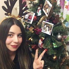 Güzel hanımlar, güzel tasarımlar :)  #love #suprise #tree #new #year #yılbaşı #ağaç #yeni #yıl #happy #decoration #dekorasyon #süsleme #süs #home #ev #hediye #gift #fotoğraf #memories #photoography #picture #decoration #dekorasyon #polaroid #creative #home #tasarım #sosyopix #photo #love #cute #funny #gift #flowers #girl