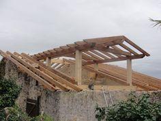 Web de Construcción Natural, obras singulares con materiales naturales. Casas de paja, madera, barro, piedra, cal, barro, yeso. Cubiertas vegetales.
