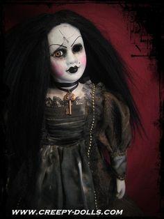 Creepy Gothic Lady Doll.   My work. www.creepy-dolls.com