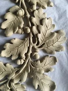 Clay Flowers, Ceramic Flowers, Clay Crafts, Wood Crafts, Acorn And Oak, Carved Wood Signs, 3d Cnc, Ceramic Techniques, Oak Leaves