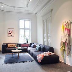 Mags soft sofa med nye 2x2 Dot cushions og Colour plaid. #hay #haynorge #haynews #magssoft