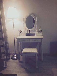 Vanity, Diy, Vintage, Furniture, Home Decor, Vanity Area, Homemade Home Decor, Lowboy, Bricolage