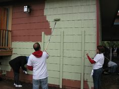 Off with the old and on with the new. USAA volunteers change the band shell's exterior to a color scheme that better reflects nature's own palette at Manitou United Day of Service. *** To learn more about how Pikes Peak United Way serves our community, visit our website at www.ppunitedway.org