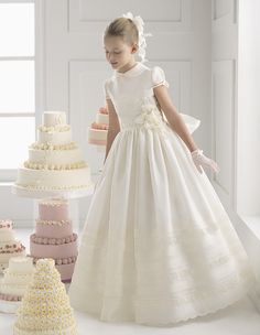 Gignified Aline Short Sleeve Lace Hand Made Flowers Floorlength Organza First Communion Dresses