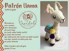 68 Patrones de amigurumi en español Crochet Doll Pattern, Crochet Dolls, Knit Crochet, Crochet Patterns, Crochet Hats, Knitted Animals, Cute Dolls, Amigurumi Patterns, Handmade Toys