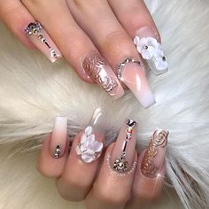 ✨ Love at first sight! ✨ Using @daily_charme chrome in the shade 'rose gold' #glamourchicbeauty #glamourchic #gcnails #goldcoastnails #frenchombre #3dnailart #swarovskinails #blingnails #chromenails #nailart #nailartclub #nailartoohlala #nailsonpoint #nails #nailsoftheday #nailsofinstagram #nailswag #nailsmagazine #nailprodigy #nailpro #nailporn #nailpromag #nailedit #nailit #nailitmag #nailfashion #swan_nails #thenaillife_ #hudabeauty #sarahsnailsecrets