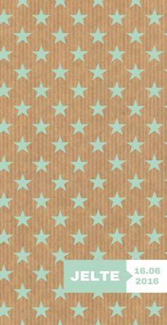 Uniek modern grafisch langwerpig geboortekaartje met mintgroen sterretjes patroon en een modern label waarin de naam staat. Heel stoer voor jongens!