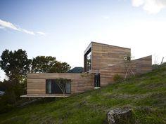 mountain-cabin-forest-house-japan-8.jpg