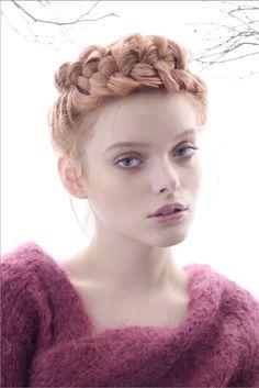 Photo by Iván Aguirre / Make-up: Ana G. de V. / Beauty Editor: María Antón / Hair: César Vargas / Model: Jackie Crespo - Marie Claire Mexico & Latin America November 2014