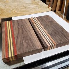 Couple of boards in the making. Gotta give em the clamps. Modern Cutting Boards, Diy Cutting Board, Butcher Block Cutting Board, Fine Woodworking, Woodworking Projects, Rustic Industrial Decor, Small Wood Projects, Wood Tray, Wood Patterns