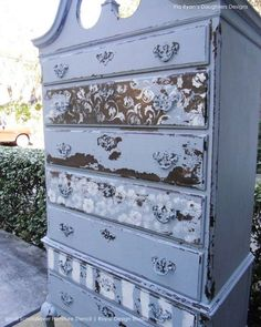 Vine and Leaves Scroll Allover Painted Furniture Stencils - Royal Design Studio and Chalk Paint Ideas Hand Painted Furniture, Distressed Furniture, Funky Furniture, Refurbished Furniture, Paint Furniture, Repurposed Furniture, Shabby Chic Furniture, Furniture Projects, Furniture Makeover