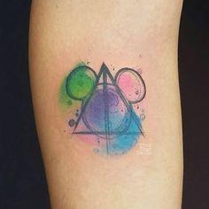 33 exquisite disney castle tattoo designs pinterest disney castle tattoo castle tattoo and - Hakuna matata tatouage ...
