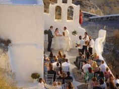 Thanks to its dramatic setting and unrivaled beauty, Santorini's volcanic Caldera is the ideal place to hold the wedding of your dreams.