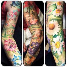 Nature sleeve by Gerrit Termaat at @tattoomaniaholland in Apledoorn, The Netherlands #tattoosnob #gerrittermaat #tattoomania #holland #thenetherlands #apeldoom #nature #mothernature #flowers #frog #dragonfly #ladybug #bee #tattoos #tattoo #sleeve