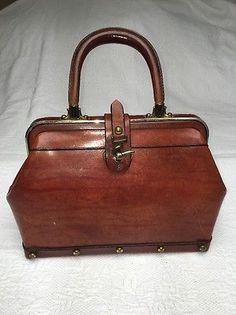 Amazing Etienne Aigner Vintage Doctor Bag Leather Purse Hand Bag