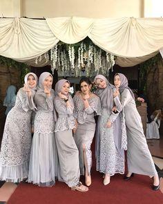 """InspirasiOOTD on Instagram: """"Follow @inspirasiootdid untuk selalu mendapatkan #inspirasiOOTD setiap hari. ... Follow @miaiqlima x @mia.iqlima banyak gamis pesta…"""" Hijab Prom Dress, Dress Brukat, Muslimah Wedding Dress, Hijab Evening Dress, Hijab Style Dress, Hijab Wedding Dresses, The Dress, Dress Outfits, Bridesmaid Dresses"""