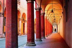 Los pórticos ocres de Bolonia #benchbagstheblog #travel