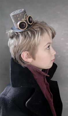 modern victorian top hat | What mini top hat collection would be complete without a dash of ...