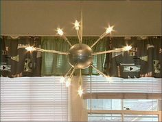 DIY sputnik chandelier:  Atomic Age Living and Dining Room : Archive : Home & Garden Television