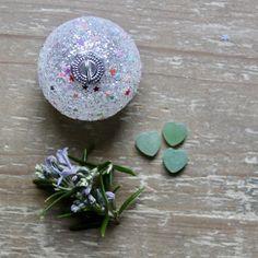 Little Good Luck Gift , Green Aventurine Pocket Heart , Crystal for Good Luck , Good Fortune , Prosperity , Opportunity , Exam Success.