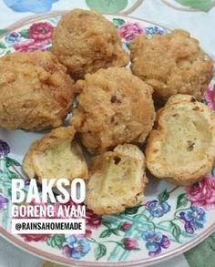 Bakso Goreng Ayam Kopong Cake Recipes, Snack Recipes, Dessert Recipes, Cooking Recipes, Cooking Ideas, Savory Snacks, Yummy Snacks, Malay Food, Indonesian Cuisine
