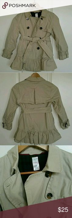 MAKE AN OFFER ▪ Ruffled Pea Coat Super cute! Excellent condition. Jackets & Coats Pea Coats