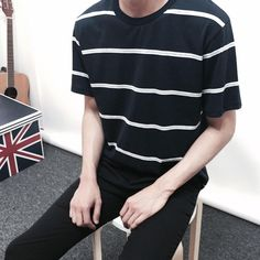 I like the pins that you try By: Thakes Boy Fashion, Korean Fashion, Mens Fashion, Fashion Outfits, Cool Outfits, Casual Outfits, Men Casual, Aesthetic Fashion, Aesthetic Clothes