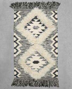 #Alfombra de #algodón tejido #bereber crudo #blancoynegro #blackandwhite #bohemian #gypsy #boho #rug #pimkie home.