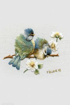 Trish Burr - /alisondodds/beautiful-textiles-and-needlework-embroidery/ 900 BACK