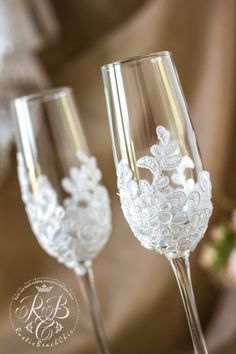Wedding champagne flutes vintage chic bride and от RusticBeachChic