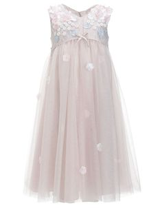 Flower girl dresses - super-cute flower girl outfits for the little ladies in your wedding party. We show you our top High Street picks that are perfect for destination wedding flower girls. Flower Girls, Flower Girl Dresses, Lilly Flower, Wedding Dresses For Girls, Girls Dresses, Bridesmaid Dresses, Bridesmaids, Fashion Kids, Little Girl Outfits